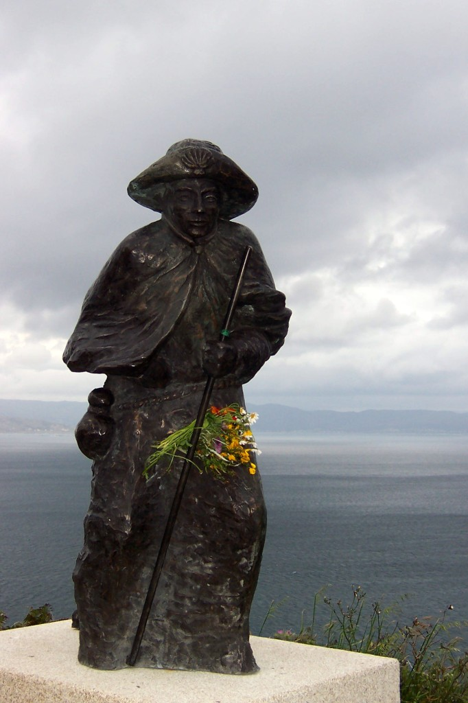Pilgerstatue in Finisterre in Spanien