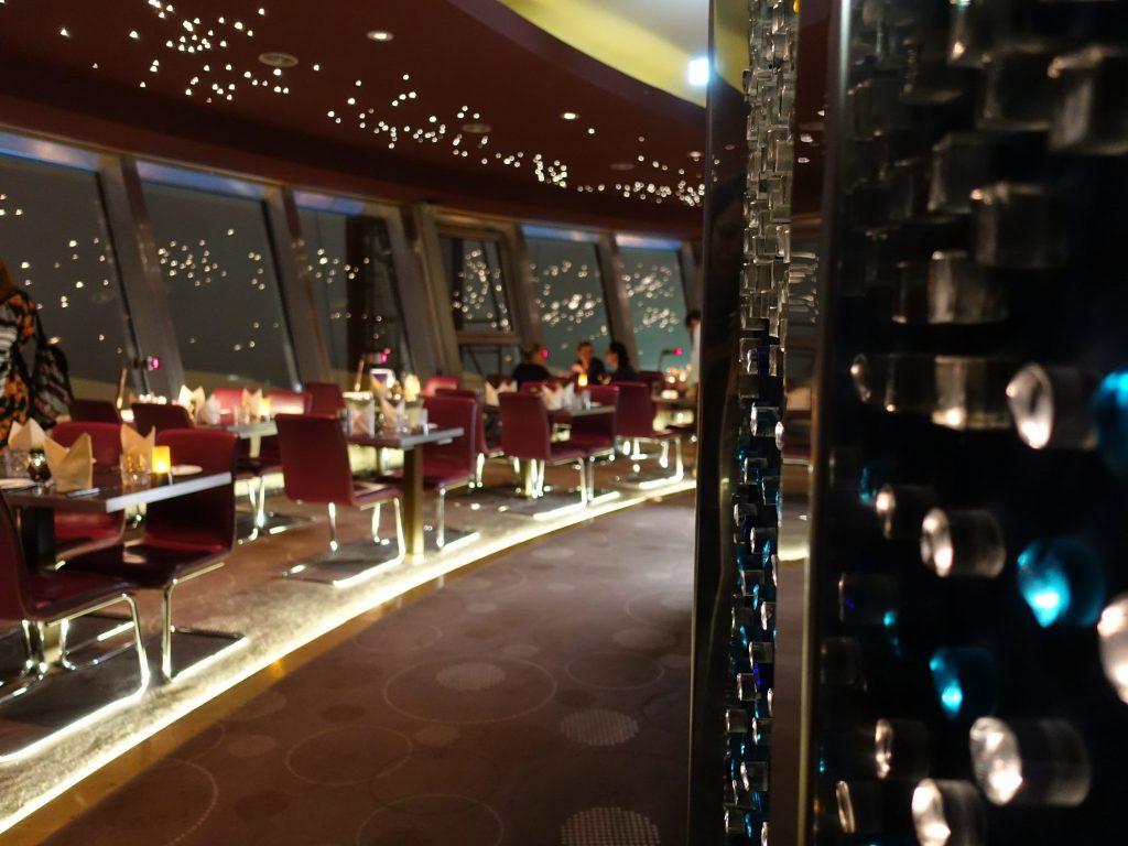 Im Restaurant Sphere im Berliner Fernsehturm