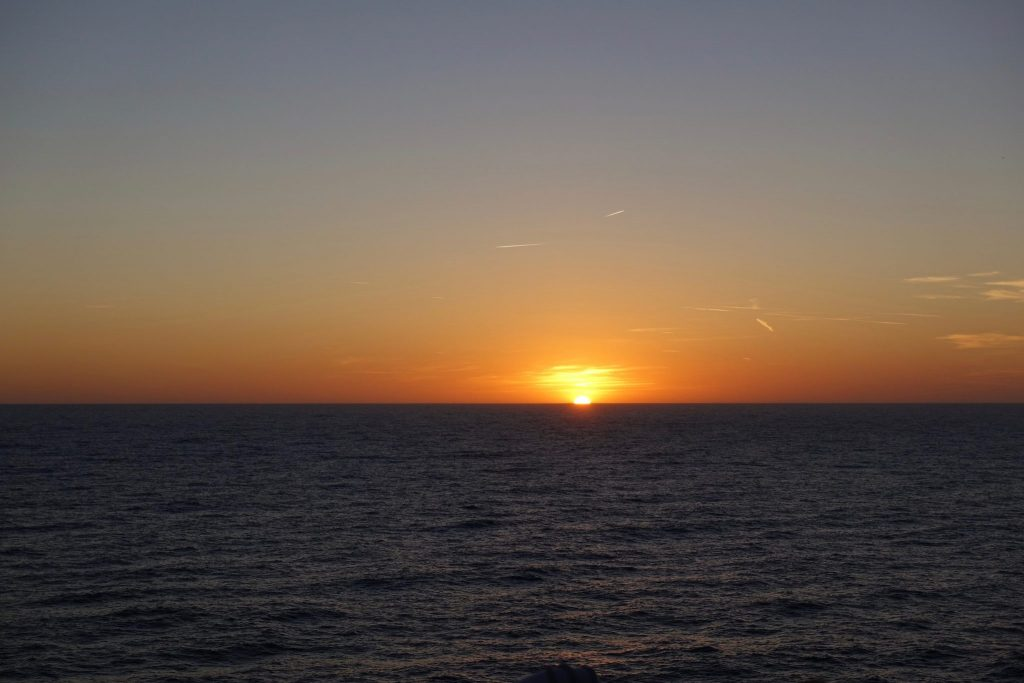 Sonnenuntergang ins Meer