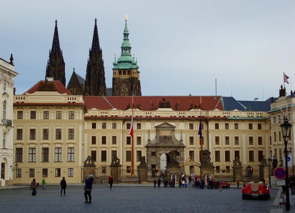 Prag_Travelwoman_12