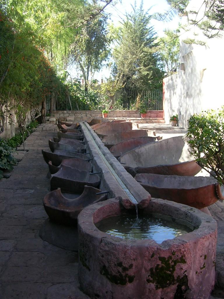 Arequipa: Waschtröge im Kloster Santa Catalina