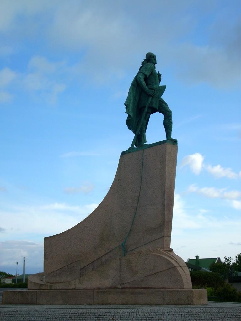 Statue von Entdecker Leif eriksson in Reykjavik
