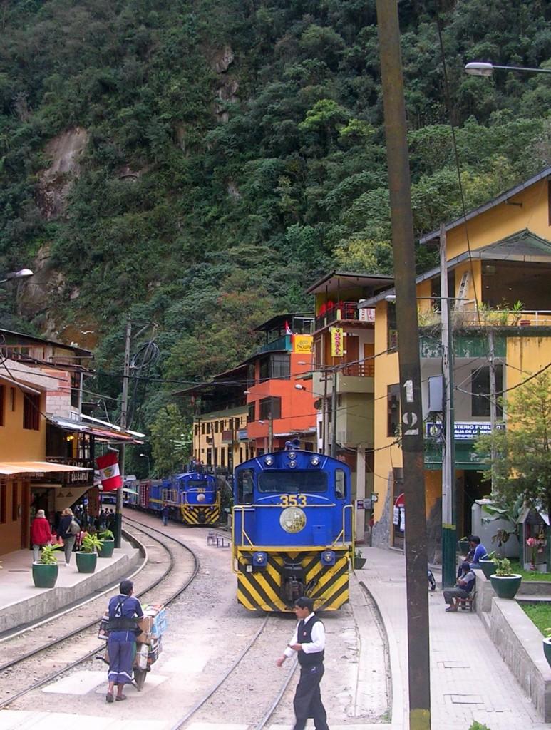 Zug in Aguas Calientes in Peru