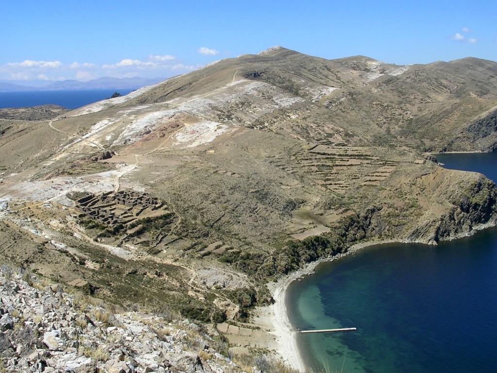 Ausblick auf eine Bucht auf der Isla del Sol