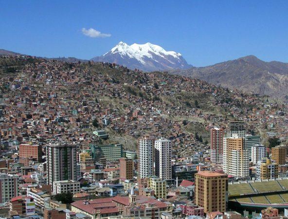La Paz mit Berg Illimimani