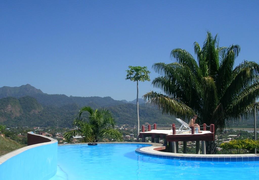 Schwimmbad am El Mirador in Rurrenabaque