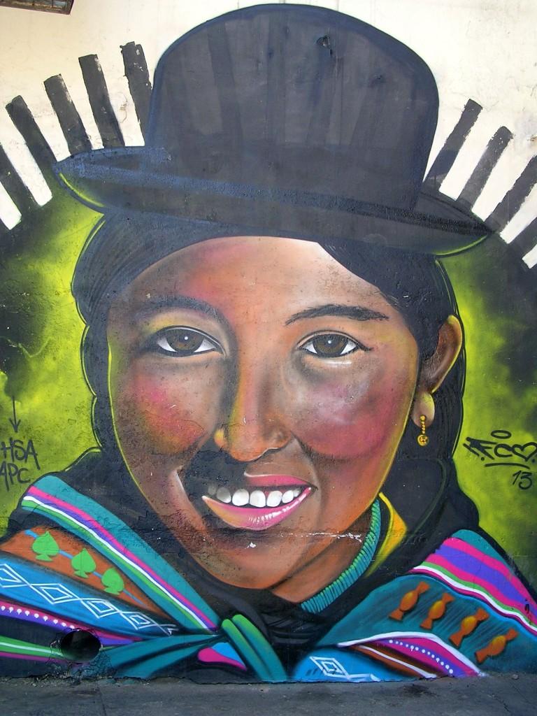 Streetart in La Paz: Bolivianische Frau mit Melonenhut