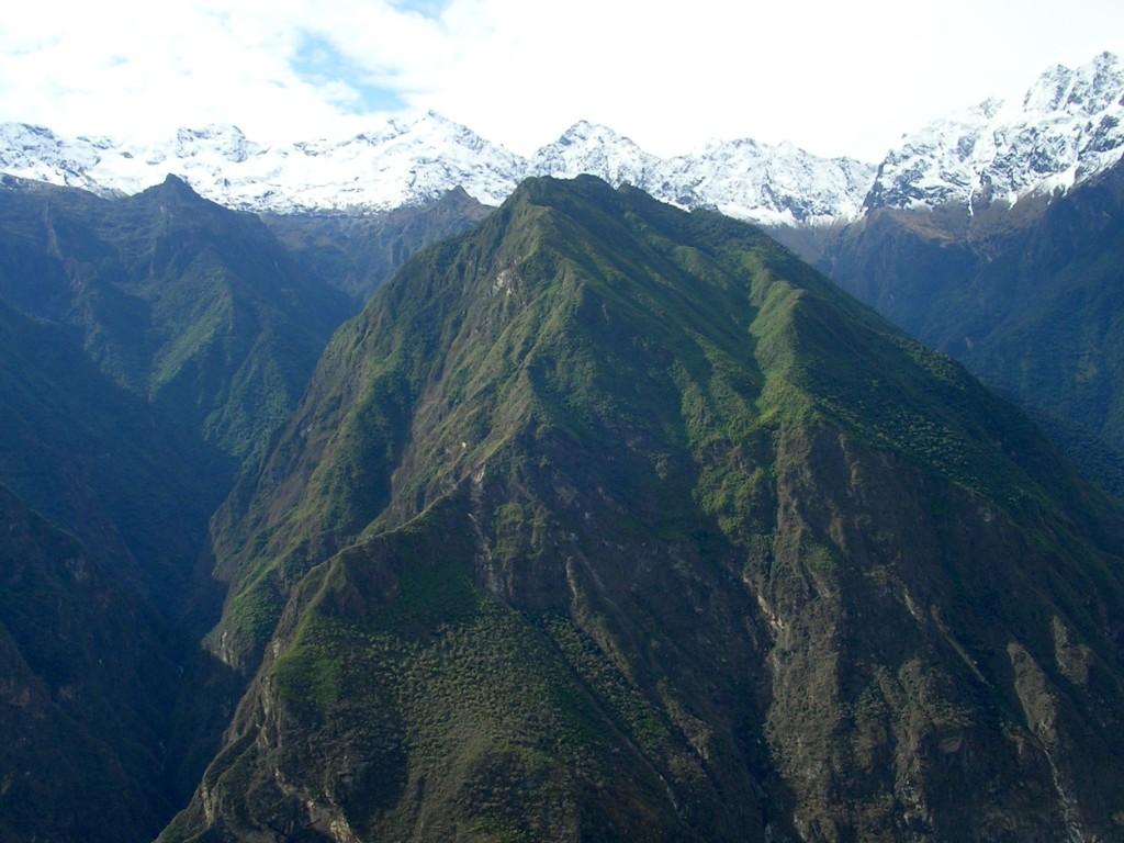 Ausblick auf die Berge im Apurimac Tal