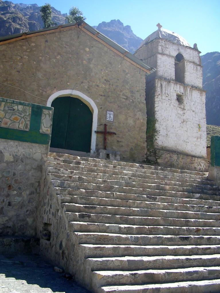 Tapay im Colca Canyon: Kirche
