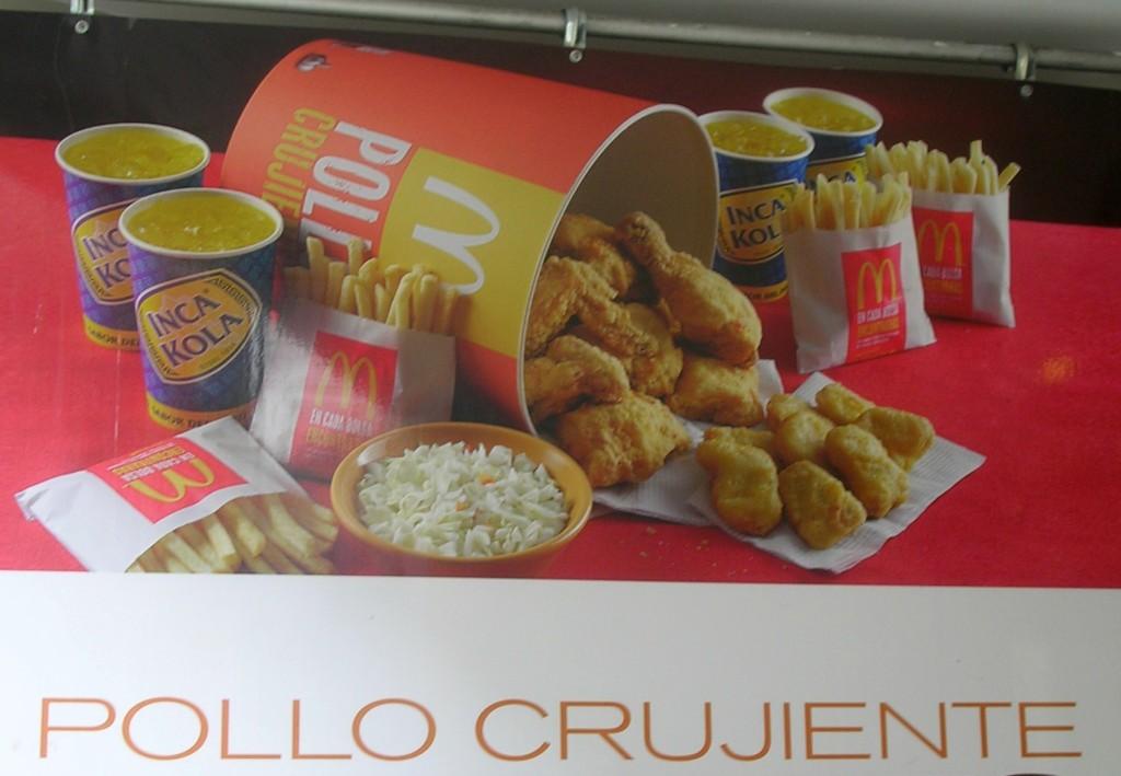 Mc Donalds Werbung in Peru
