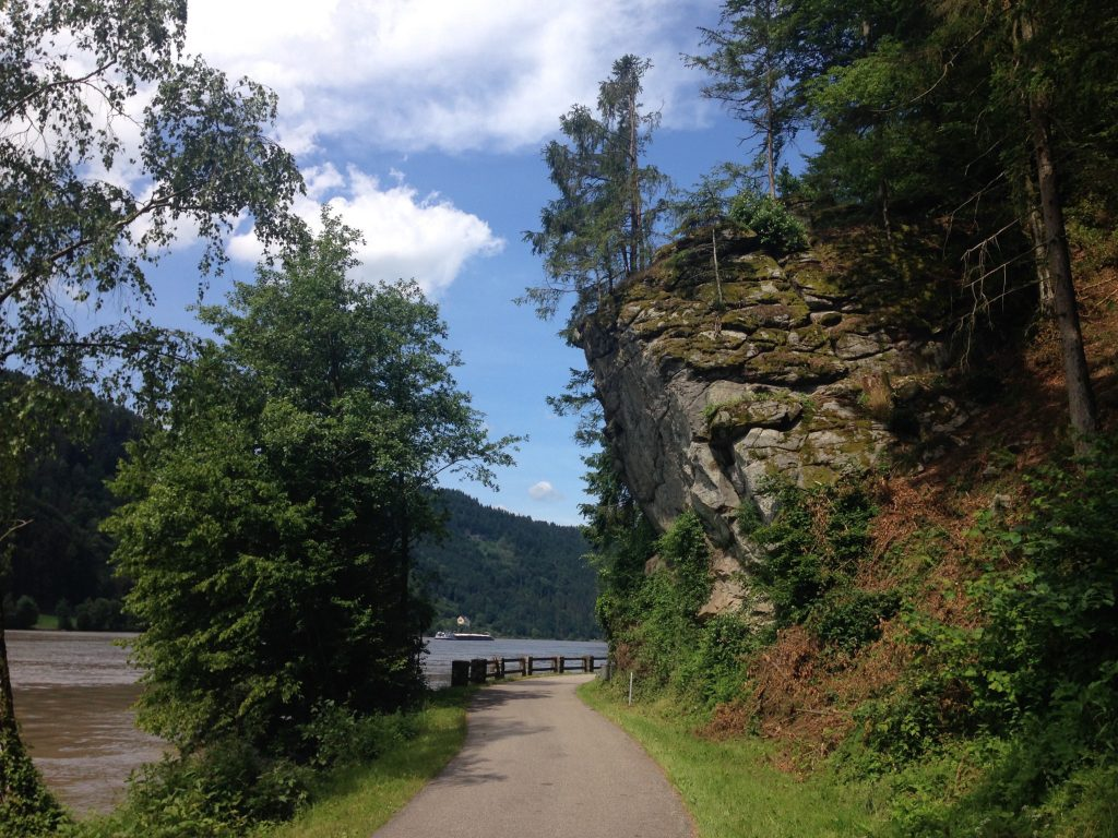 Donauradweg_ZwSchloegenUntermuehl