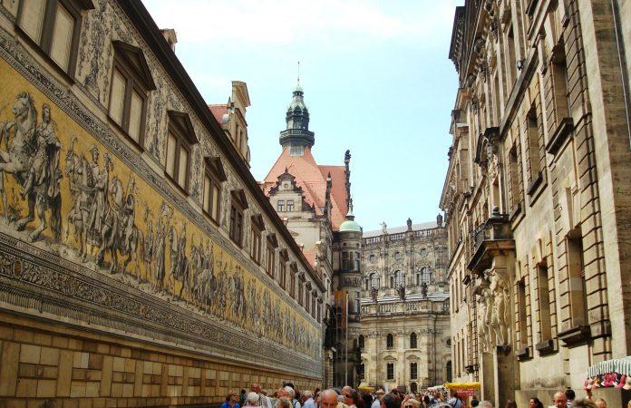 Der Fürstenzug in der Augustusstraße