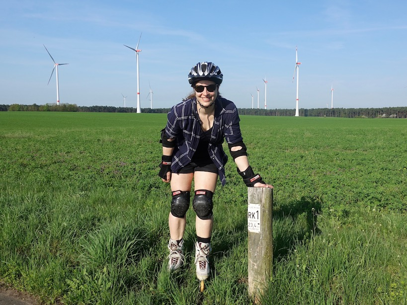 Flaeming Skate: Windräder am Weg