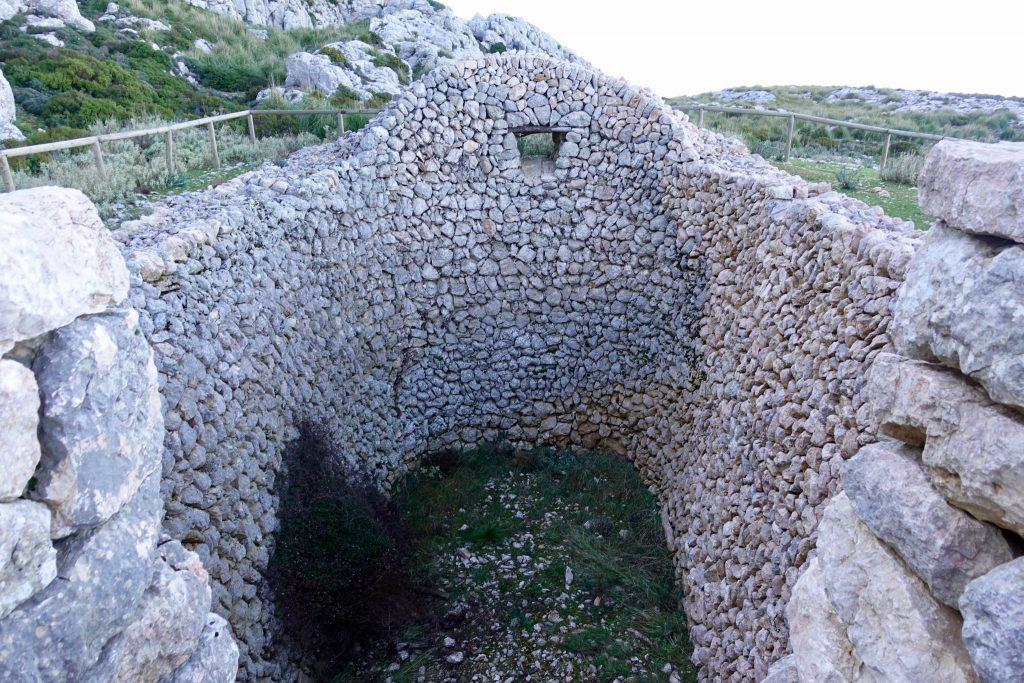 """GR 221: Schneehaus """"Casa de Neu d'en Galileu"""""""