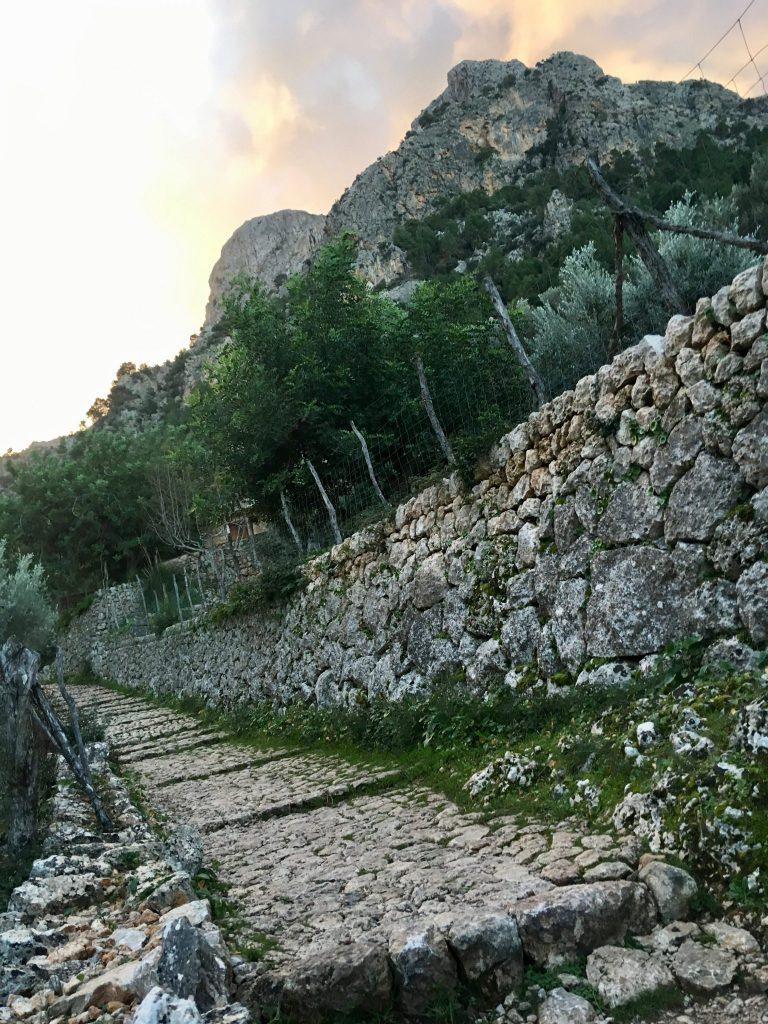 GR 221: Trockenmauerweg
