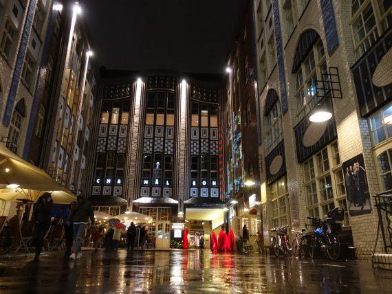 Der 1. Hof der Hackeschen Höfe in Berlin