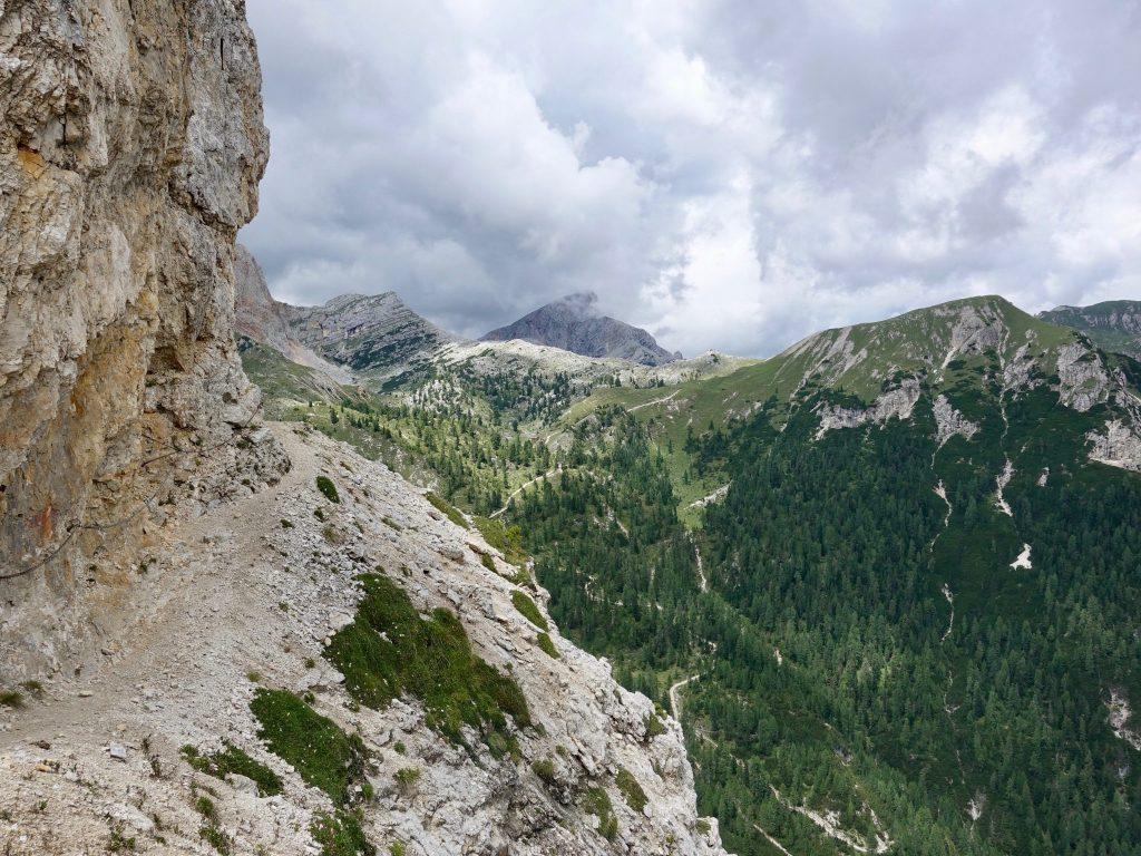 Hochpustertaler Höhenweg: Schmaler-Pfad zwischen Rosshütte und Dürrensteinhütte