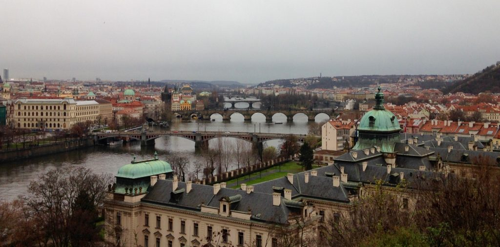 Prag_Travelwoman_4