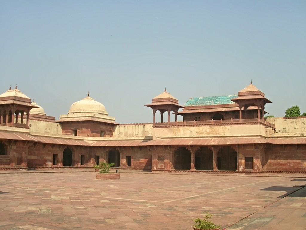 Hofanlage in der Jama Masjid Moschee in Fatehpur Sikri