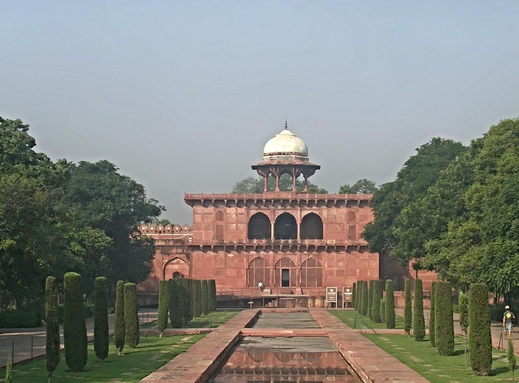 Nebengebäude beim Taj Mahal in Agra