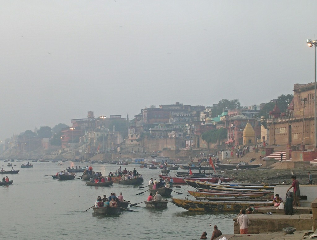 Ghats am Ganges in Varanasi