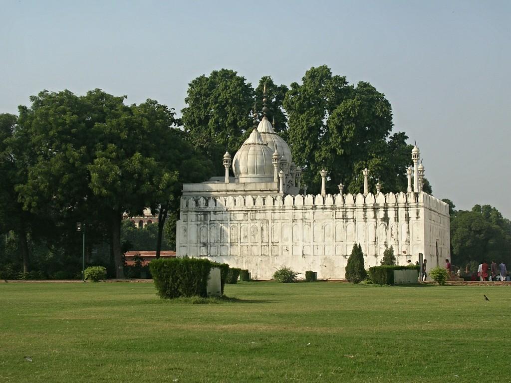 Perlmoschee im Roten Fort in Delhi