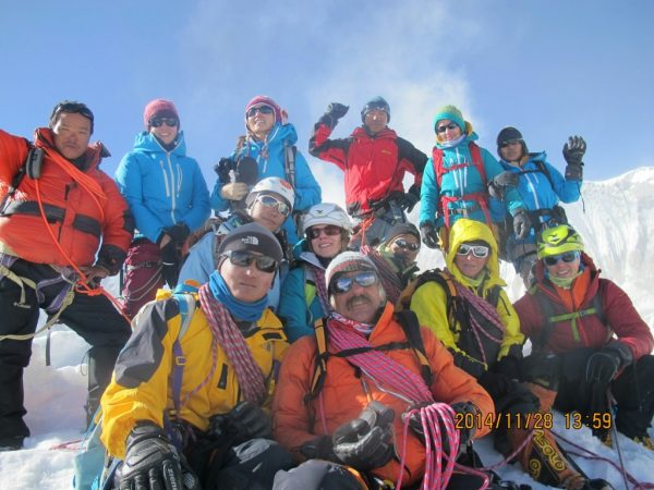 Gruppenfoto am Tarpu Chuli (5695m) @JangbuSherpa