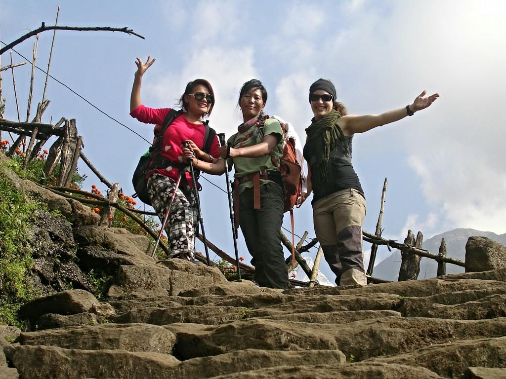 Puspa, Diku und ich am Annapurna Basecamp Trek