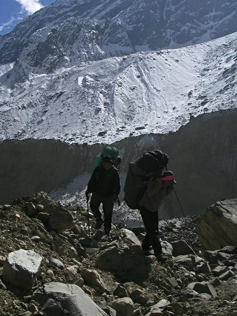 Porter nach der Gletschermoräne