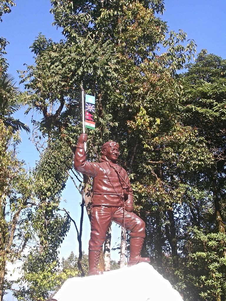 Statue von Sir Edmund Hillary in Darjeeling