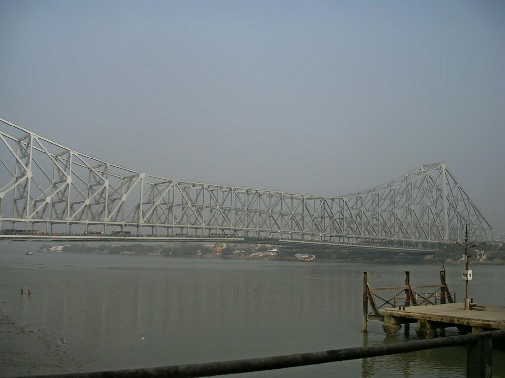 Howrah Brücke über den Hugli in Kalkutta