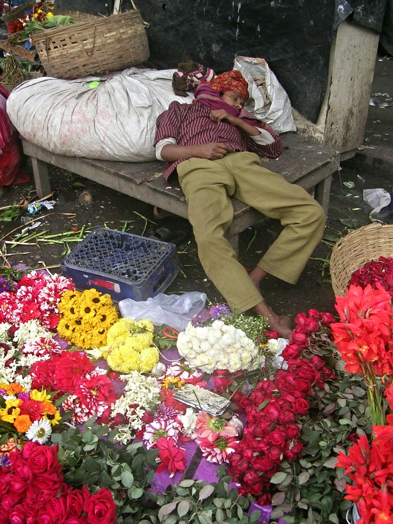 Schlafender Händler in Kolkata