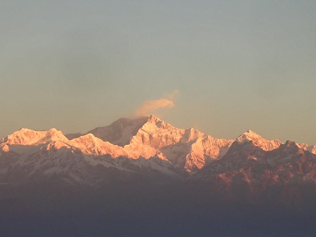 Blick zumKanchenjunga in Darjeeling bei Sonnenaufgang