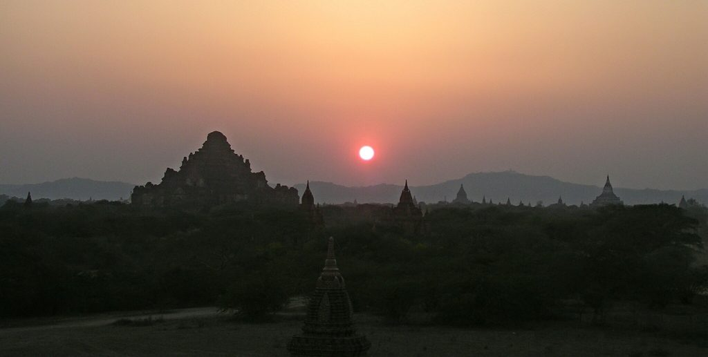 Bagan bei Sonnenuntergang