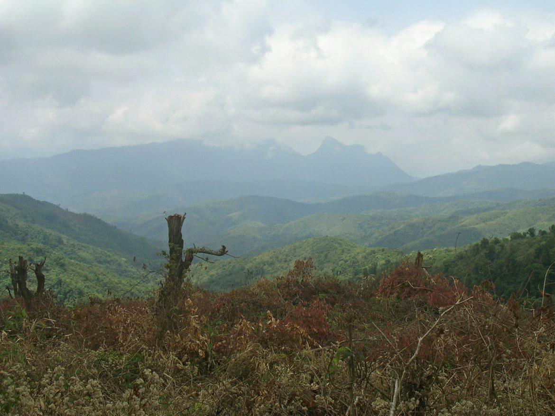 Landschaft beim Wandern bei Muang Ngoi Neua