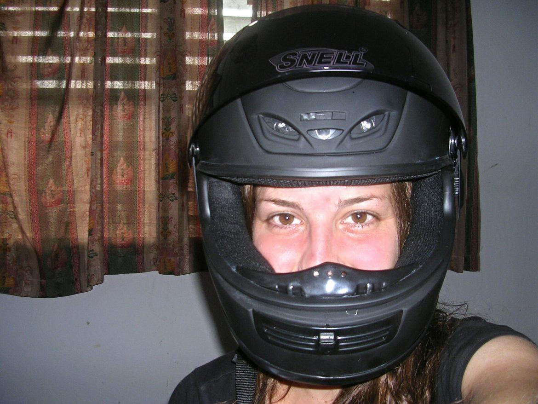 Ich mit Motorradhelm