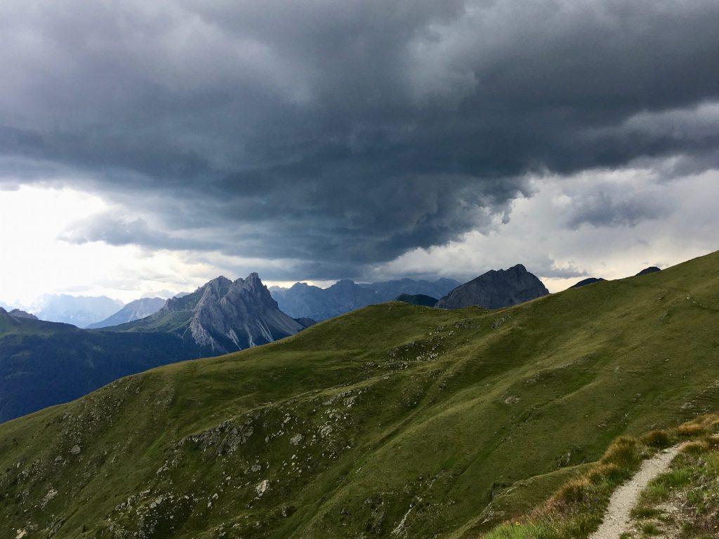 Gewitterwolken am Karnischen Höhenweg