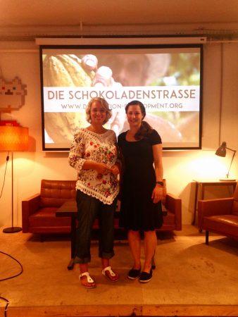"""Kerstin Dohnal und ich nach der Filmpremiere """"Die Schokoladenstraße"""""""
