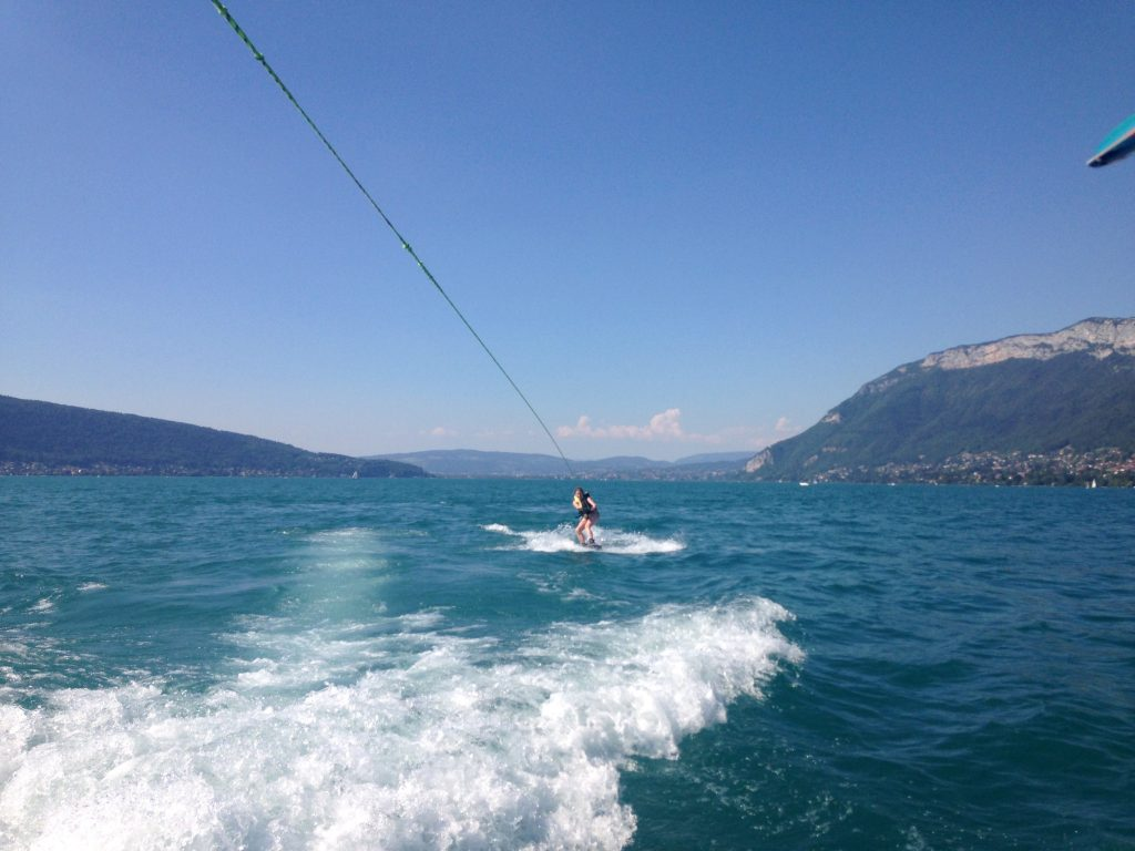 Wakeboarden am Lac d'Annecy
