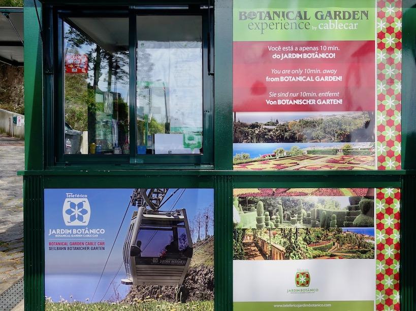 Der Informationsschalter zur Seilbahnfahrt am Monte um Botanischen Garten