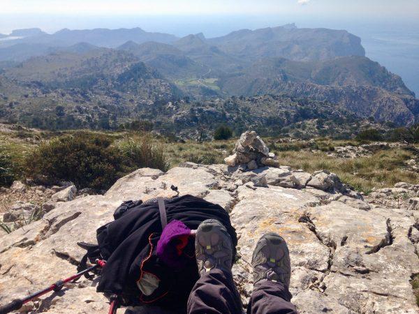 Wandern am GR 221: Beinahe am Gipfel des S'Esclop auf Mallorca