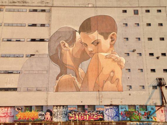 Mural vom Graffitikünstler Aryz in der Mural Harbor Hafengalerie in Linz