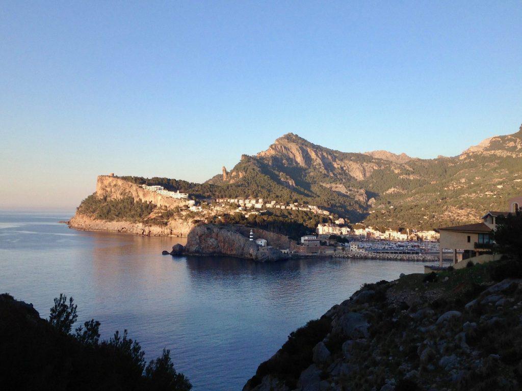 Ausblick Richtung Port de Soller auf Mallorca